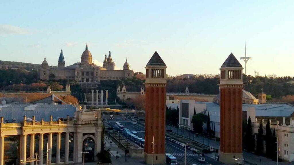 Plaza Espanya - začít žít v Barceloně